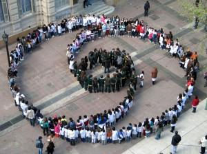 Призыв за мир и ненасилие в социальных сетях