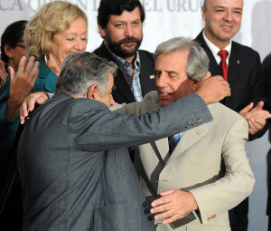 "Uruguay: presidente lancia il ""dialogo sociale"""