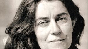 Το Φαράγγι: μια ανάγνωση στο νέο βιβλίο της Ιωάννας Καρυστιάνη