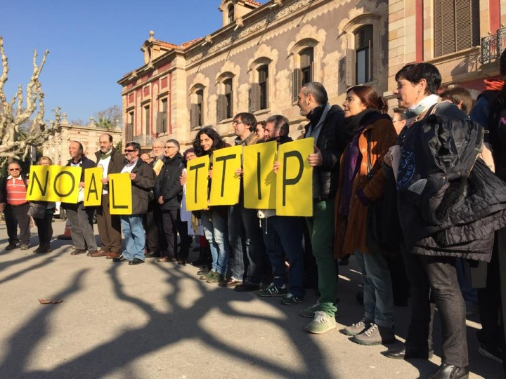 Protesta-TTIP.ParlamentCatalunya
