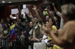 Rude coup pour l'agrobusiness au Venezuela : Les députés chavistes votent la loi des semences