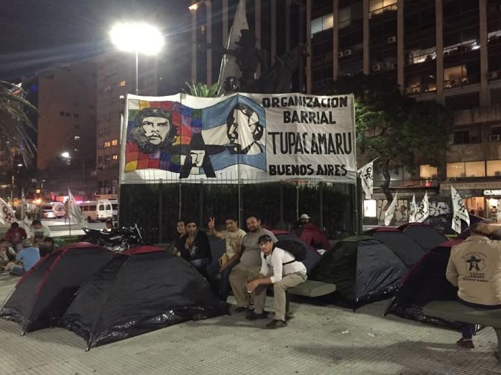 La Tupac Amaru acampó en 9 de Julio y Avenida de Mayo de Buenos Aires