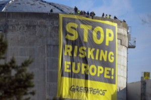 Greenpeace: no agli aiuti di Stato al nucleare, bloccare risoluzione Parlamenti UE