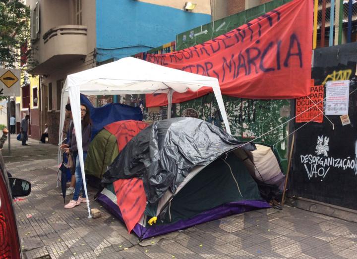 escolas-ocupadas-sao-paulo-brasil-acampamento