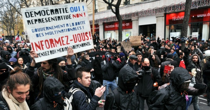 """""""Liberté is not just a word"""": Klein, Corbyn call for mass protest at COP21"""