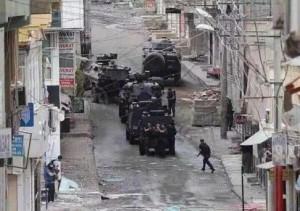 Kurdistan: Natale sotto le bombe turche