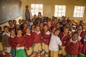 Tanzania: el gobierno pide a la escuelas privadas bajar las matrículas