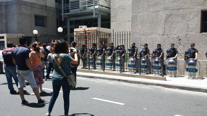 Ola de despidos en Argentina: No hay pobreza cero con despidos