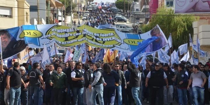 Chubut: masiva movilización de trabajadores petroleros