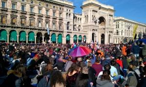 Diecimila in Piazza Duomo a Milano per le unioni civili