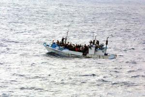 Rifugiati: la Nato porti avanti le operazioni di ricerca e soccorso nel rispetto del diritto internazionale