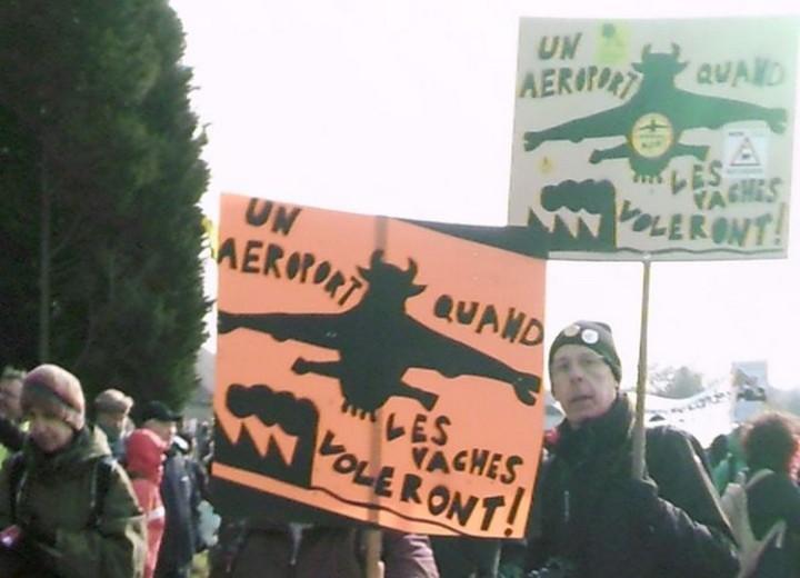 Manifestación festiva del sábado 27 de febrero de 2016 en la Zona A Defender de  Notre-Dame des Landes (ZÀD NDDL)