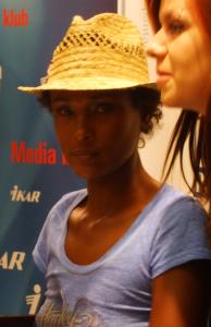 Waris Dirie: La mutilazione genitale femminile non ha giustificazione alcuna.