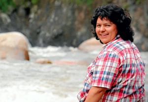 Mord an der Menschenrechts- und Umweltaktivistin Berta Cáceres schockiert die Welt