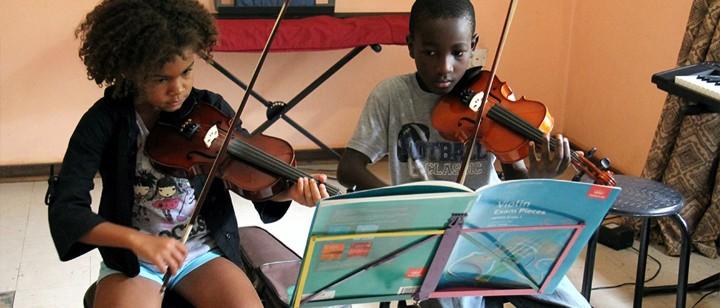 Sophie Schaaf: Musik für Uganda