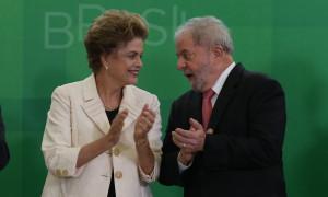 Governo Dilma vive situação crítica entre agonia e tragédia