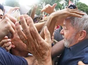 Crisis política hacia la radicalización y el desenlace en Brasil