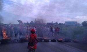"""Movimentos populares promovem manifestações na Bahia """"contra golpe"""""""