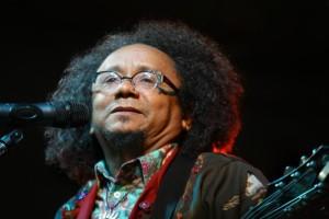 Brasile: intervista a  Chico César