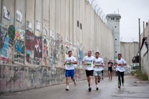 La Maratona di Betlemme, diritto di movimento