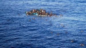 Amnesty: l'UE rischia di alimentare violenze contro migranti in Libia