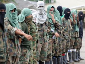 Colombia, ripresi i negoziati: il problema dei paramilitari