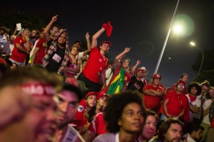 """Brasil: """"Vamos derrotar o golpe nas ruas!"""""""