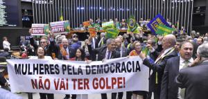 Brasil: el resultado de la votación está abierto. La calle decide.