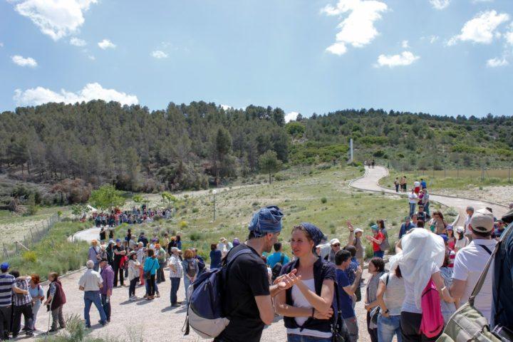 Encuentro Mensajeros Parque Toledo 21 Mayo 2016-esperando ceremonia