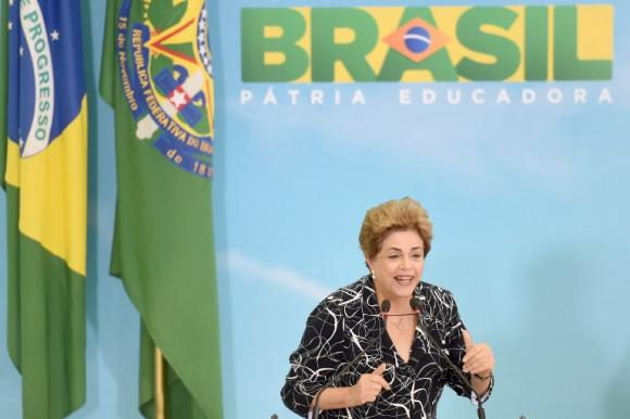 Rousseff's impending impeachment stalls on procedural flaws