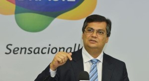 'Foi uma ilusão achar que havia consciência democrática na elite brasileira'