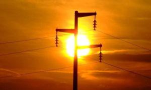 Energia: M5S, famiglie e imprese pagano il conto dei grandi dell'energia