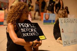 "Amnesty, flash mob ""Percorsi sicuri e legali per i rifugiati"""