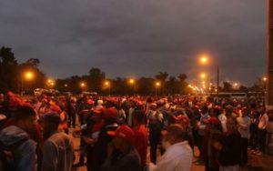 Bahia: Sem-terra ocupam fábrica da Suzano e exigem assentamento de 750 famílias