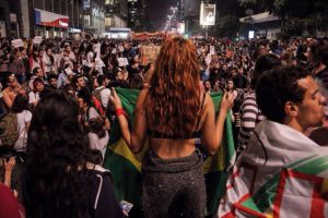 São Paulo: Ato contra cultura do estupro reúne mais de 10 mil em SP