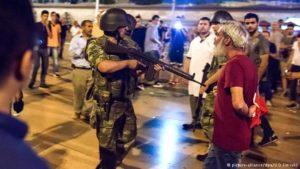 Intento golpista en Turquía es controlado por Ejército leal a Erdogan