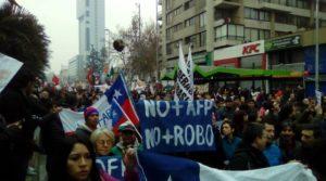 """La marcha de las AFP: de """"la gente"""" al """"pueblo"""""""