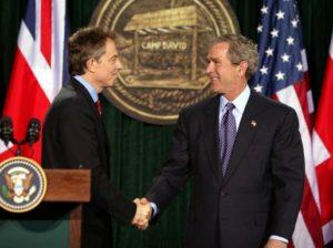 Guerra all'Iraq: le accuse a Blair del Rapporto Chilcot e gli inganni del complesso militare-industriale