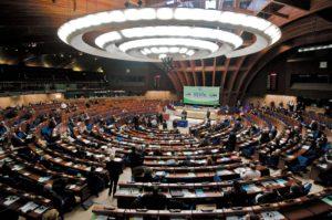 Parlamento Europeo: l'Umanità e la Terra prima del mercato