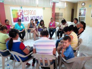 Mujeres rurales en Manabí: fuerza para superar las dificultades