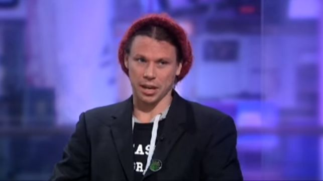 El futuro del activista Lauri Love, pendiente de un hilo hasta septiembre
