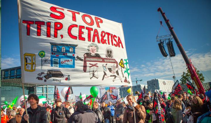 CETA: l'Europa dice NI