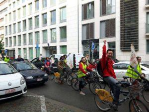 Des Vélos pour faire barrage aux entrées du Borschette.
