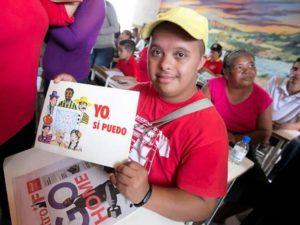 Venezuela : La mission Robinson, 13 ans d'alphabétisation du peuple