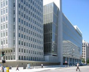Weltbank sollte bei neuer Arbeitnehmer-Schutzklausel die ILO-Normen berücksichtigen
