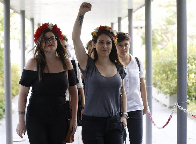 """Las activistas de Femen mantienen su inocencia ante la juez: """"Era una acción pacífica"""""""