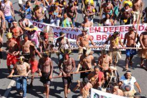"""Brasile: i popoli indigeni, il """"Re della soia"""" e gli altri…"""