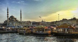 Türkei: bewaffnete Zusammenstöße und Bombardierungen in den ersten Stunden des Staatsstreiches