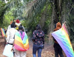 Φοβούμενοι τη βία, οι LGBT πρόσφυγες αποφεύγουν να ζητήσουν βοήθεια