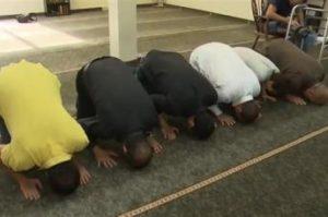 Musulmanes, judíos y católicos bajo el mismo techo en Montreal